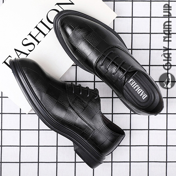 Lựa chọn chất liệu giày nam công sở văn phòng